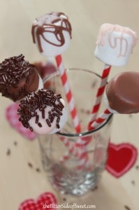 Raspberry HUGS white chocolate marshmallow pops5
