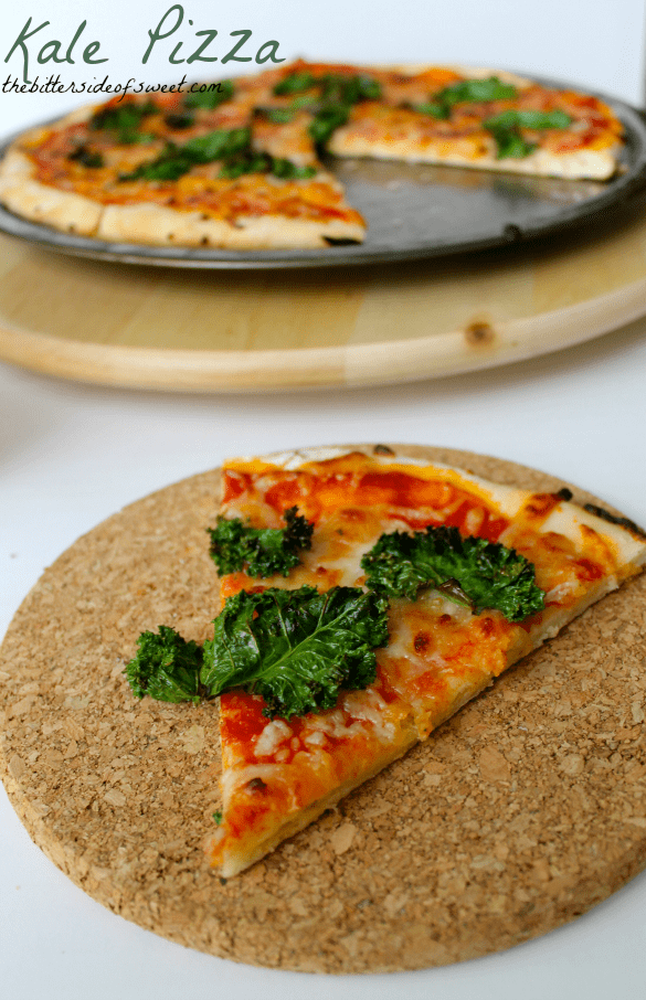 Kale Pizza | thebittersideofsweet.com #healthy #kale #pizza #dinner #redstar