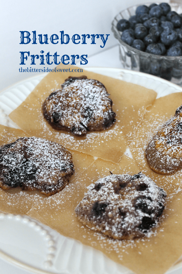 Blueberry Fritters | thebittersideofsweet.com #blueberry #fritters