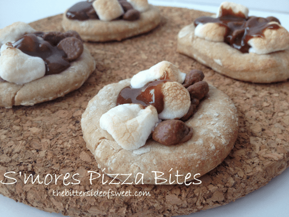 S'mores Pizza Bites | thebittersideofsweet.com #smores #pizza #marshmallow