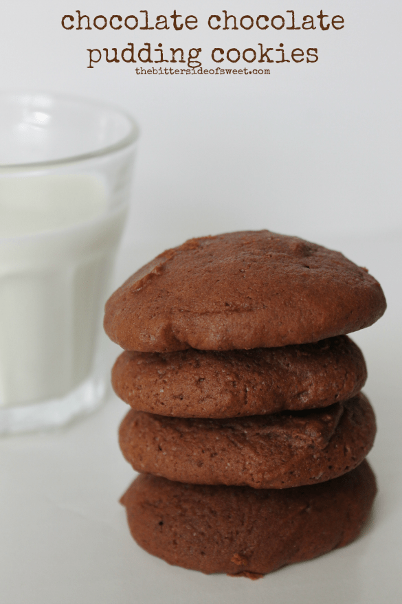 chocolate chocolate pudding cookies | thebittersideofsweet.com #pudding #cookie #chocolate