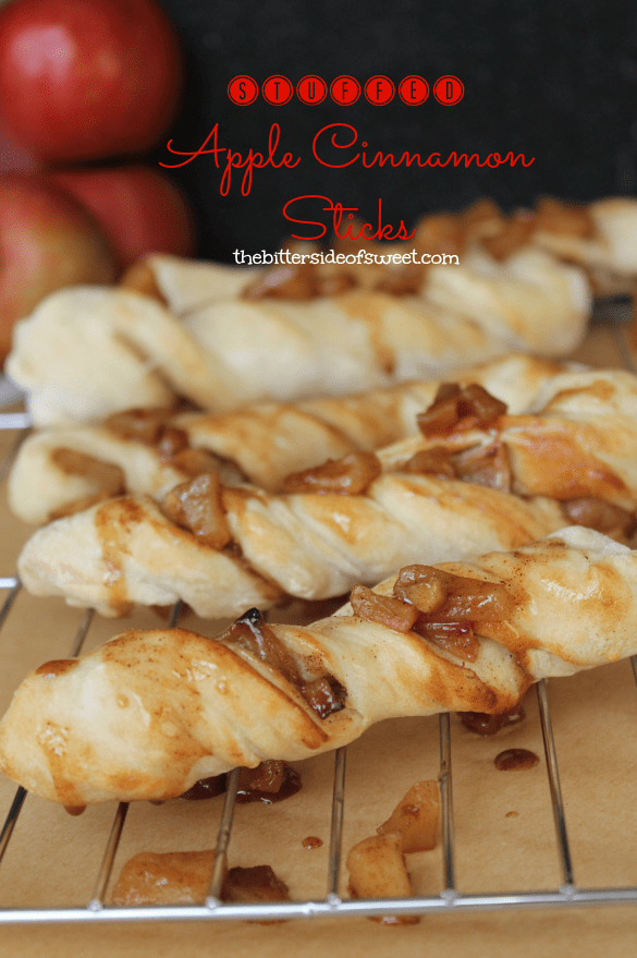 Stuffed Apple Cinnamon Sticks | thebittersideofsweet.com | #pizza #dessert #apples #fall