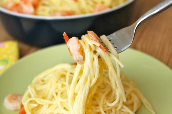 Easy Creamy Shrimp Pasta 4