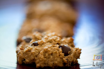 chocolate-oatmeal-raisin-cookie