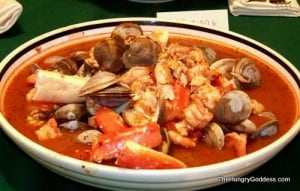 moms-Cioppino-for-Feast-of-the-Seven-Fishes