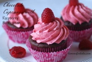 Chocolate-Raspberry-Cupcakes-1