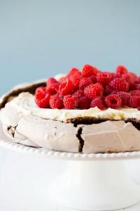 chocolate-pavlova-12-600