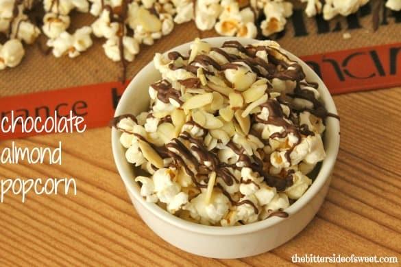Chocolate Almond Popcorn | thebittersideofsweet.com