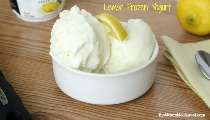 Lemon Frozen Yogurt | thebittersideofsweet.com #greekyogurt #lemon #frozenyogurt