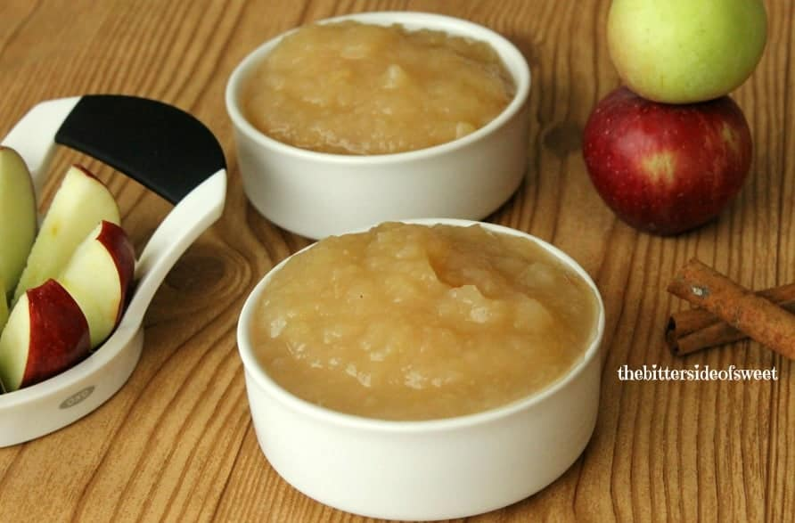 Easy Homemade Applesauce perfect for afternoon snack or lunch box treats!   thebittersideofsweet.com