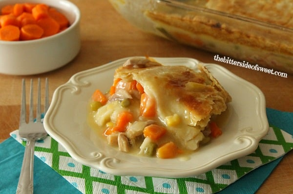 Easy delicious Homemade Chicken Pot Pie | thebittersideofsweet.com