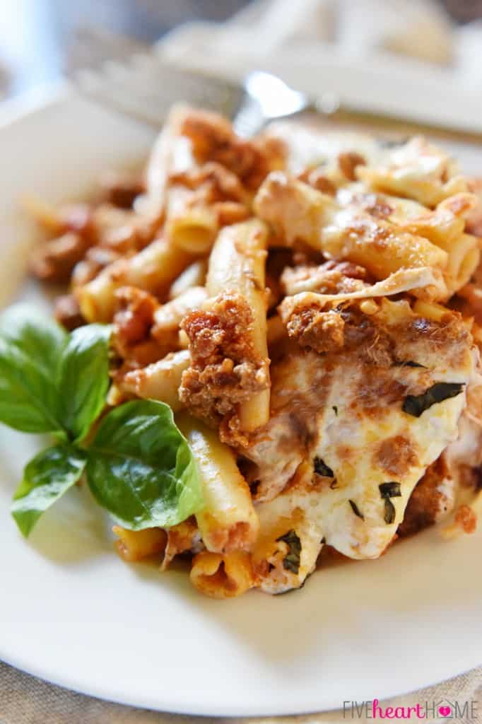 Baked-Ziti-Easy-Cheesy-by-Five-Heart-Home_700pxZoom