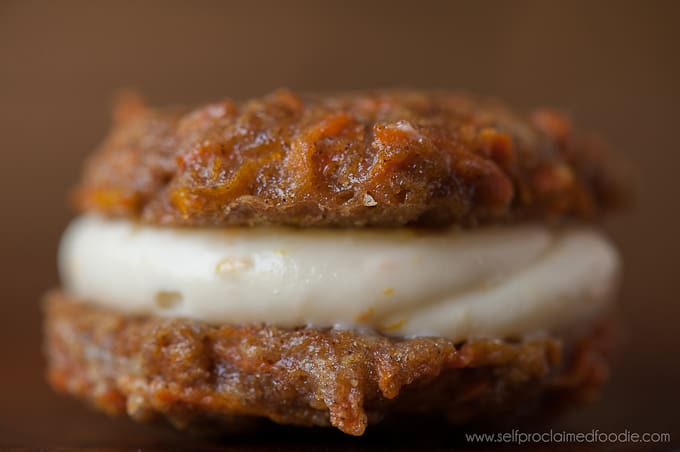 xcarrot-cookies-with-orange-cream-cheese-filling-close.jpg.pagespeed.ic.ADgPfb5MDp