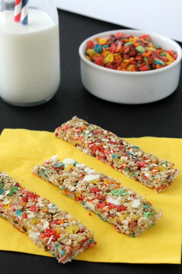Fruity Pebbles Granola Bars