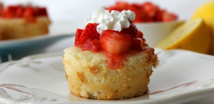 Lemon Pound Cake Cups with Strawberries