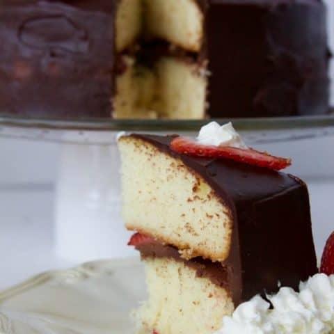 Strawberry Chocolate Ganache Cake