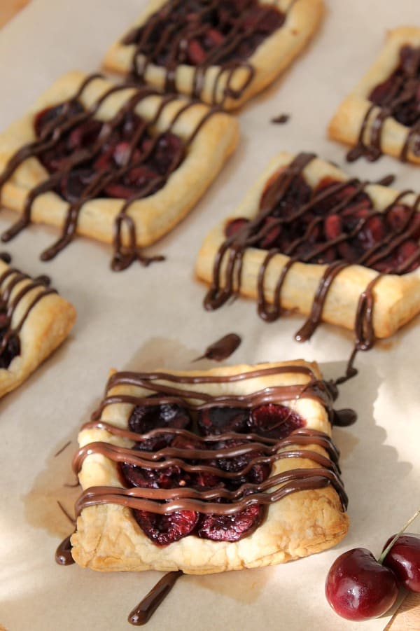 Chocolate Cherry Tarts - The Bitter Side of Sweet