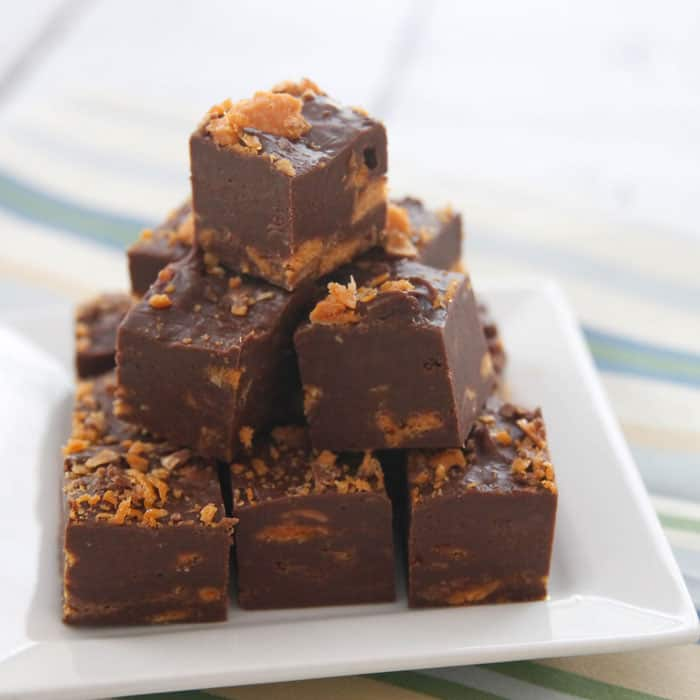 Butterfinger-Fudge-Chocolatechocolateandmore-70c