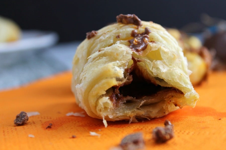 BUTTERFINGER® Croissants | The Bitter Side of Sweet #EggcellentTreats #ad