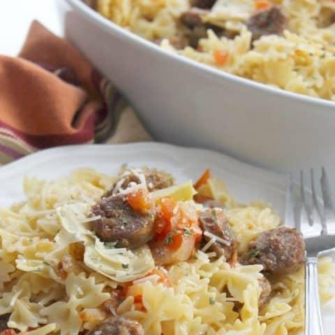 Italian Sausage and Artichoke Pasta (Pasta con salsiccia e carciofo)