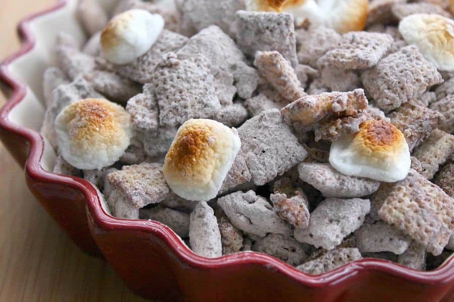 Toasted Marshmallow Muddy Buddies | The Bitter Side of Sweet