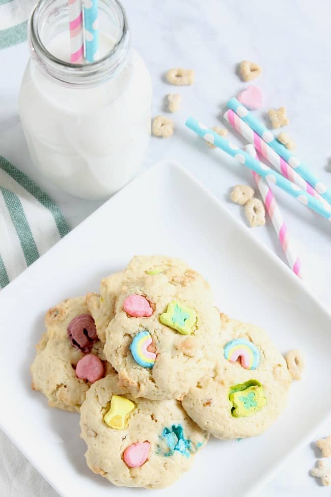 Lucky Sugar Cookies | The Bitter Side of Sweet #cookies #cereal #dessert