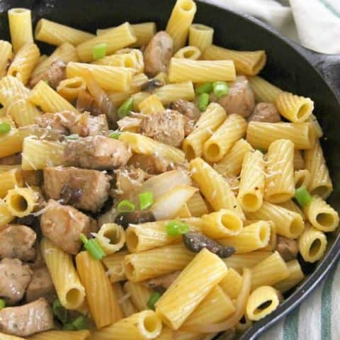 Rigatoni with Pork, Onions and Mushrooms