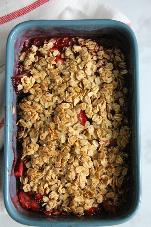 Easy Strawberry Crisp Recipe