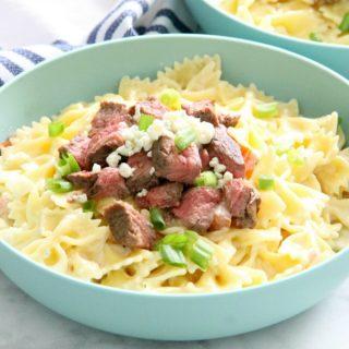 Steak Gorgonzola Pasta in blue bowl