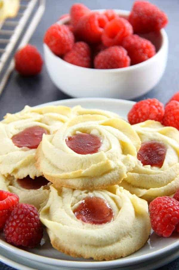 Raspberry Butter Cookies with fresh raspberries