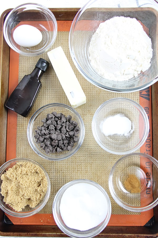 Classic Chocolate Chip Cookies ingredients