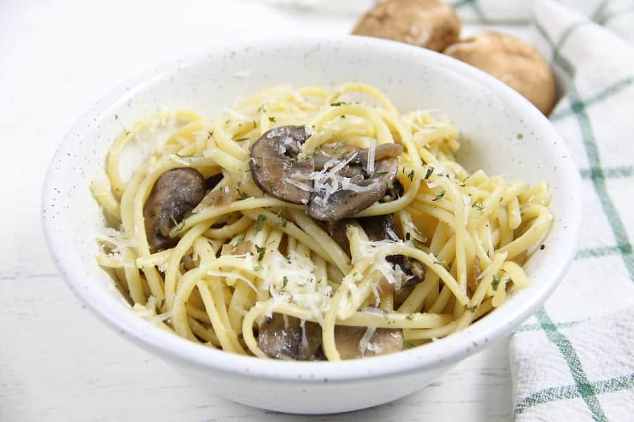 Mushroom Pasta with mushrooms