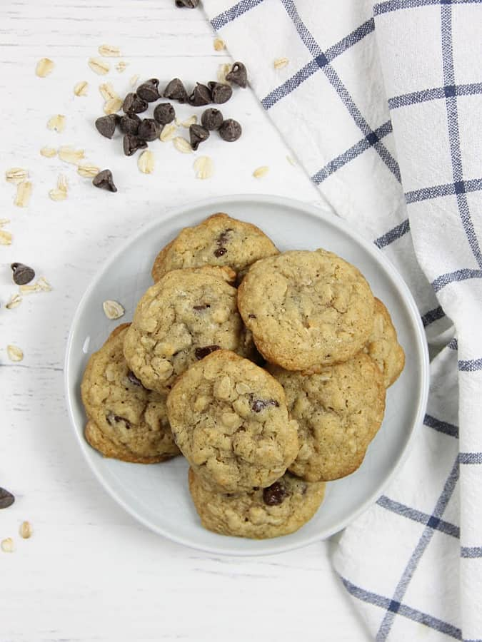 Oatmeal Chocolate Chip Cookies with chocolate chips