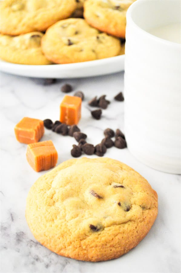 Chocolate Chip Caramel Cookies with chocolate chips